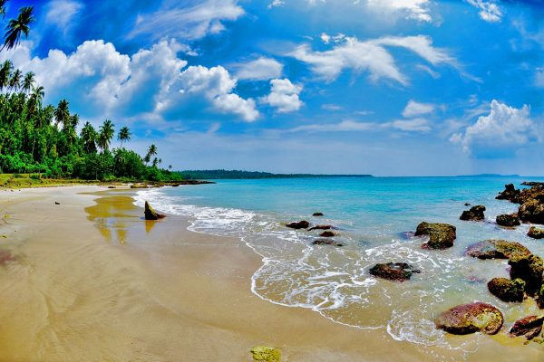 Simeulue Island - Beach with waves