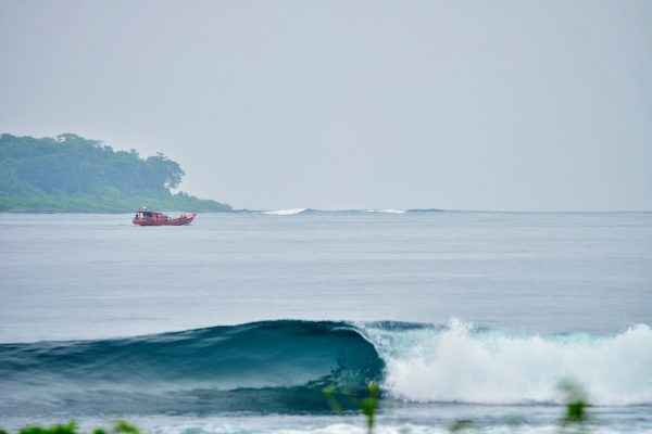 Simeulue surflodges dylans surf the peak spot banyak nias tello island indonesia surf west sumatra 31