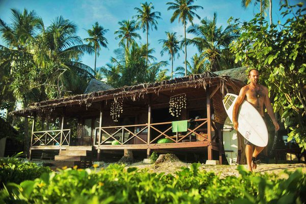 Simeulue surflodges dylans teabags surf the peak spot banyak nias tello island indonesia surf west sumatra 13